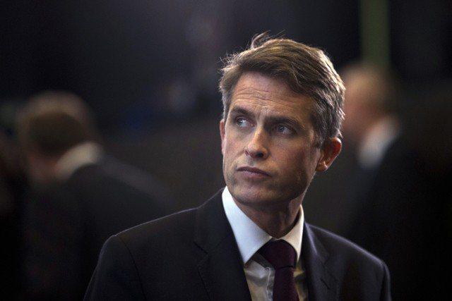 英國國防大臣威廉森否認洩密。美聯社