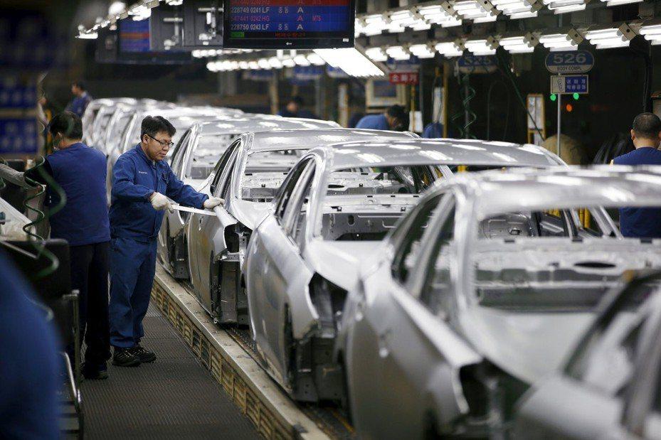 南韓4月製造業PMI回穩,升至50榮枯線上方。 路透