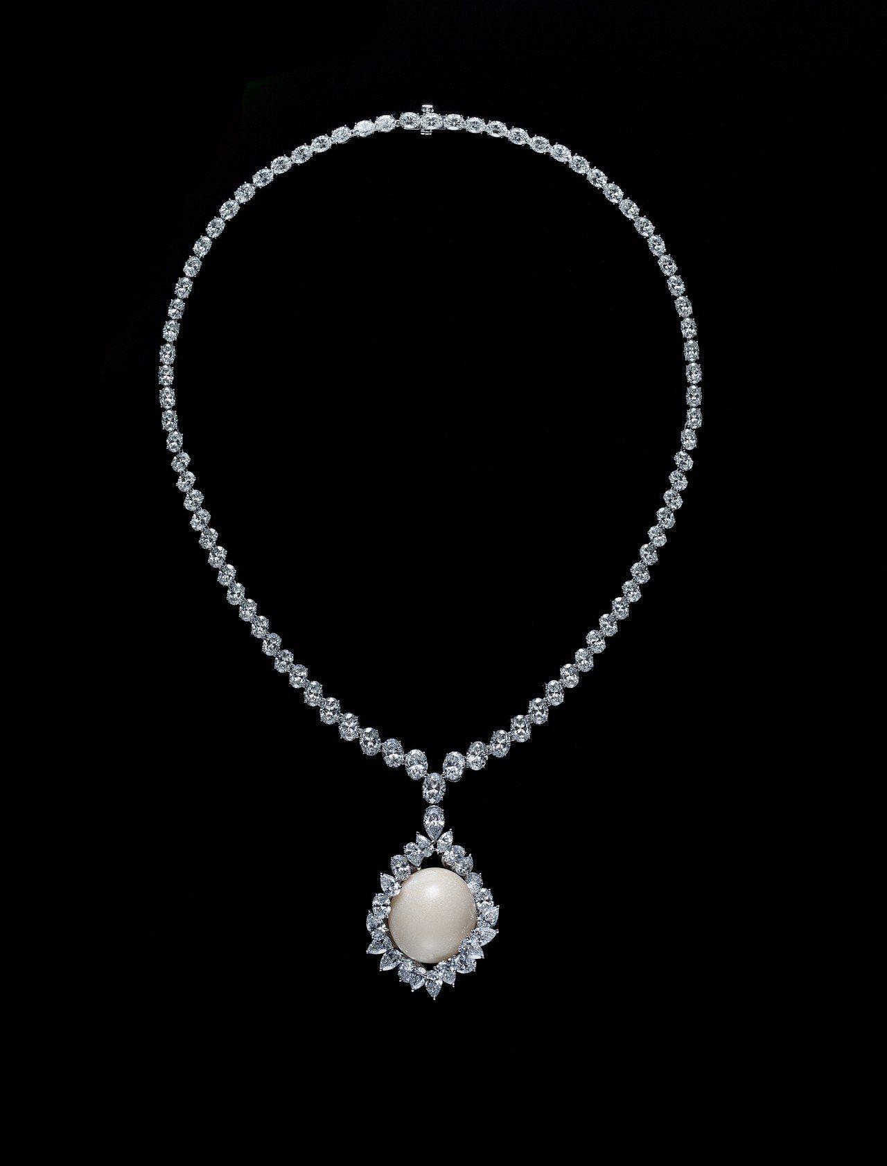 MIKIMOTO μ系列Horse Conch孔克珍珠頂級珠寶鑽石墜鍊,3,10...