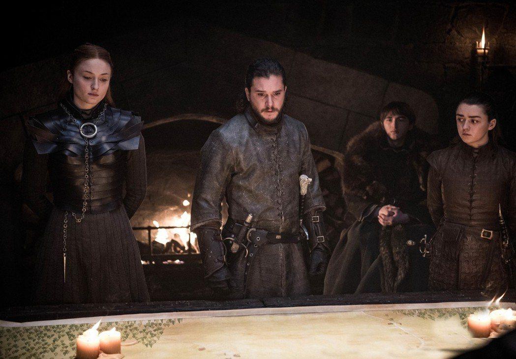 蘇菲透納(左起)、基特哈林頓、艾薩克漢普斯德萊特、梅西威廉斯在「冰與火之歌:權力
