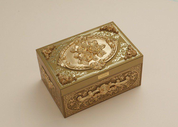 買蘭蔻頂級黃金玫瑰霜禮盒,送輕奢珠寶盒。圖/蘭蔻提供