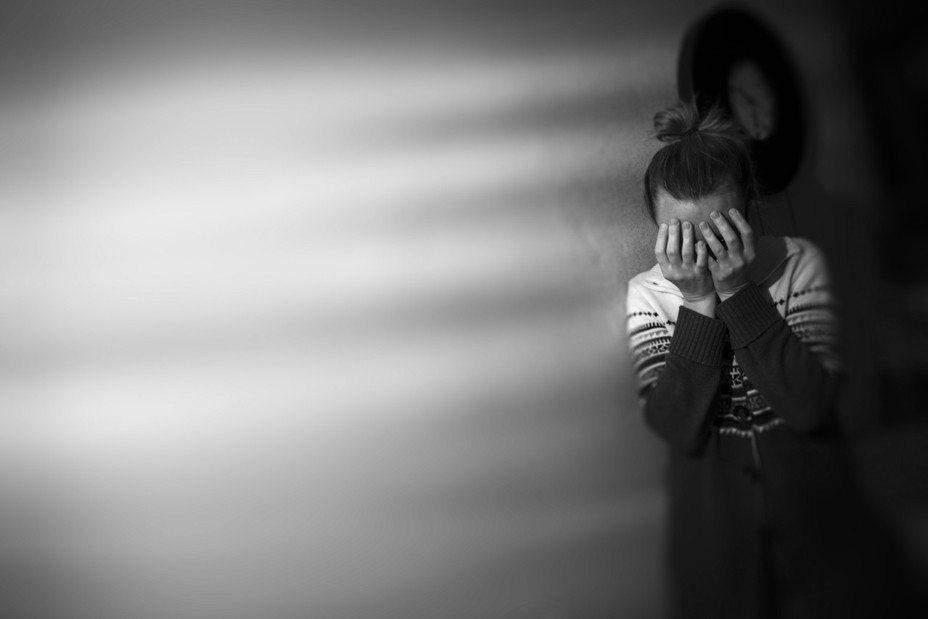 廖姓男子餵毒17歲少女,並趁她昏迷時加以性侵。 圖/Ingimage