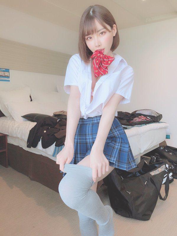 深田詠美的自拍超受歡迎。 圖片來源/twitter