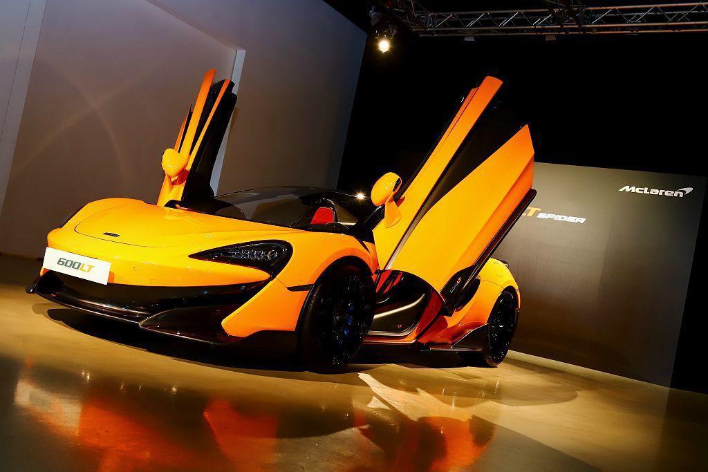 才在今年3月瑞士日內瓦車發表的McLaren 600LT Spider敞篷超跑,...