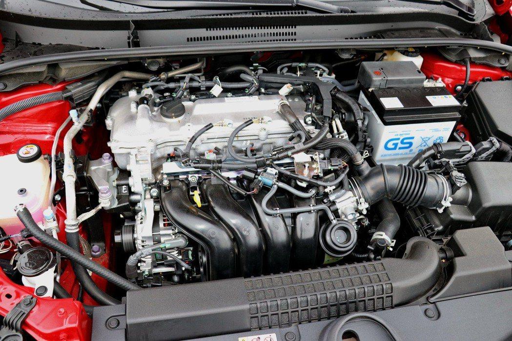 1.8L 2ZR-FE直列四缸汽油引擎。 記者陳威任/攝影