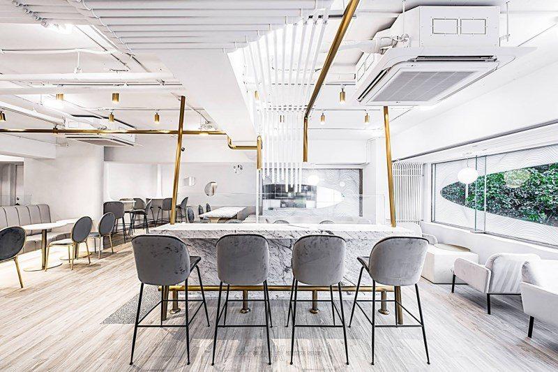 (圖/FB@L.Z. Dessart 無框架甜點) ▲室內設計以簡潔白淨與順暢的...