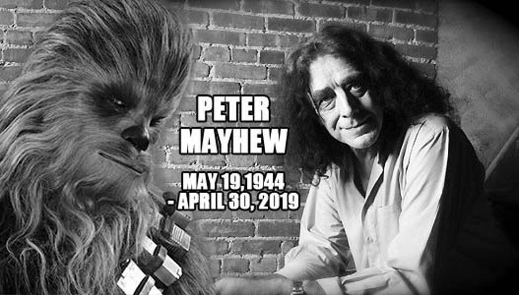 在星際大戰中飾演丘巴卡一角的英國男演員梅休去世。圖/截自Peter Mayhew