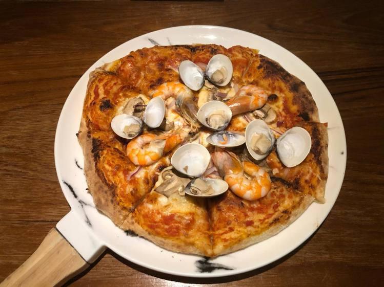 網友推薦「好der」手工窯烤披薩。圖/好der提供
