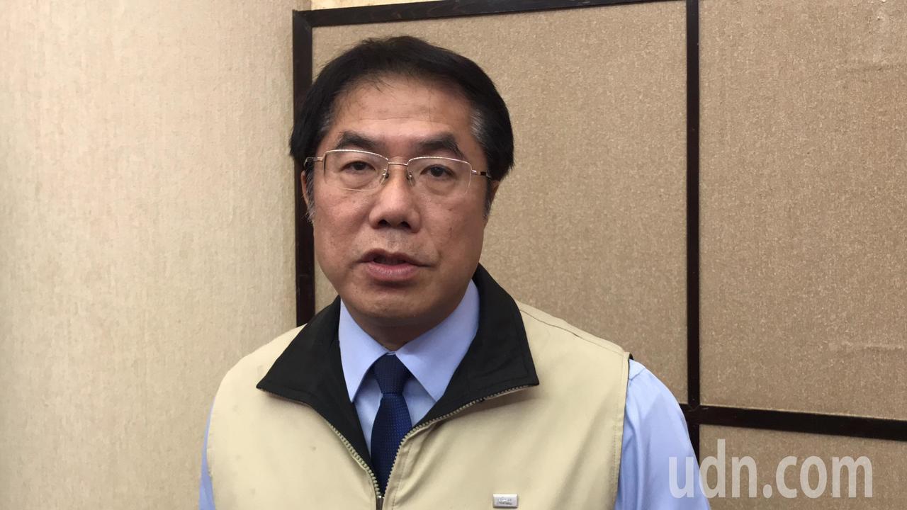 台南市長黃偉哲認為,交通部執行拆除程序,應以更完備方式採拆除全區公告方式進行。記...