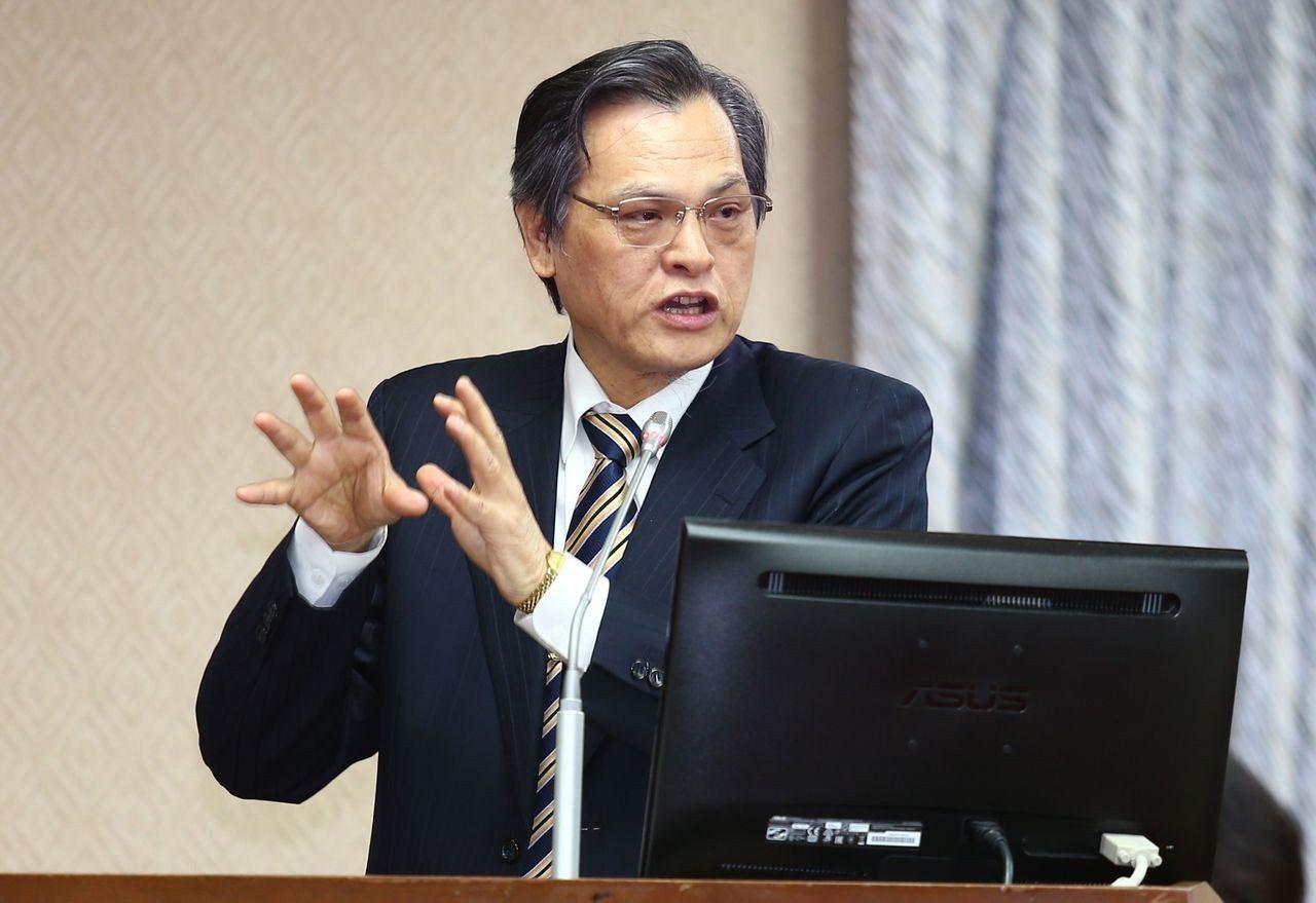 陸委會主委陳明通說,政府期待真正的五四精神能在中國大陸再起。聯合報資料照