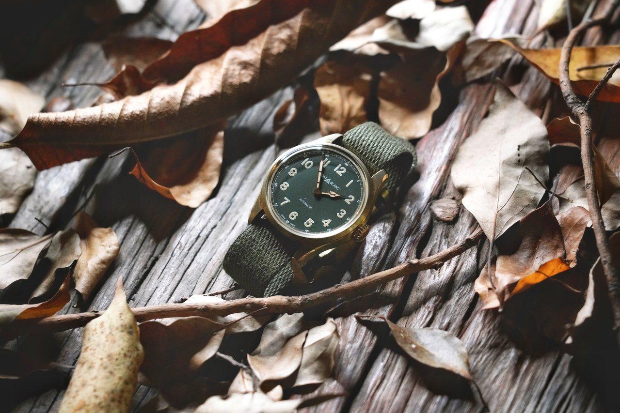 網紅攝影家John Tao所詮釋的萬寶龍1858系列自動腕表,10萬1,000元...