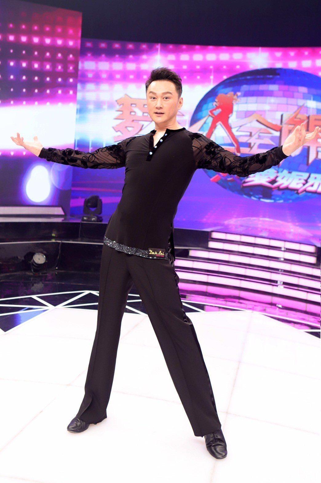 何篤霖因為參加「舞力全開」比賽,一個月竟瘦下5公斤,原來節目給他的壓力這麼大。圖...