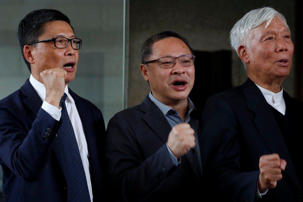 占中三子,左起為陳健民、戴耀庭、朱耀明。(路透資料照)
