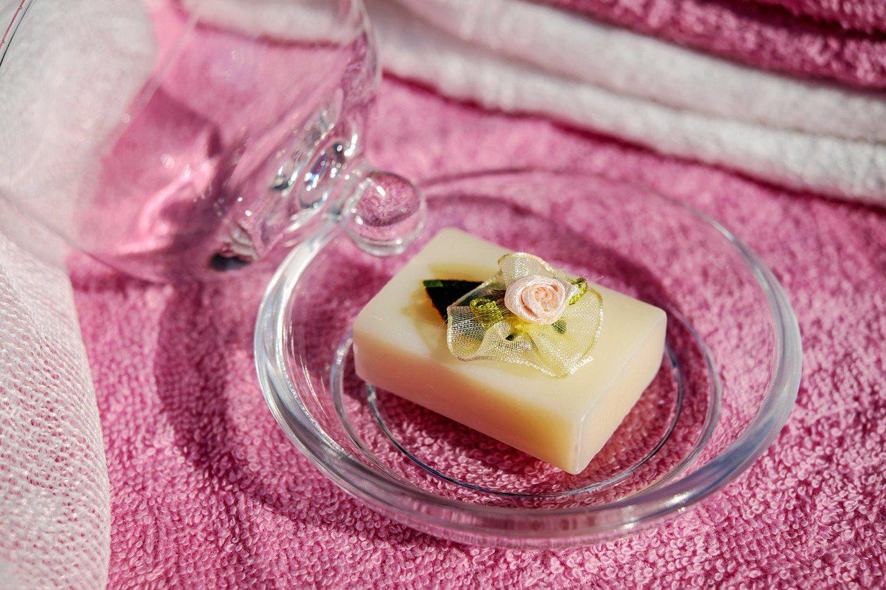 含有皂基成分的清潔用品,不一定適合每個人使用,使用前要諮詢皮膚科醫師。圖/摘自 ...