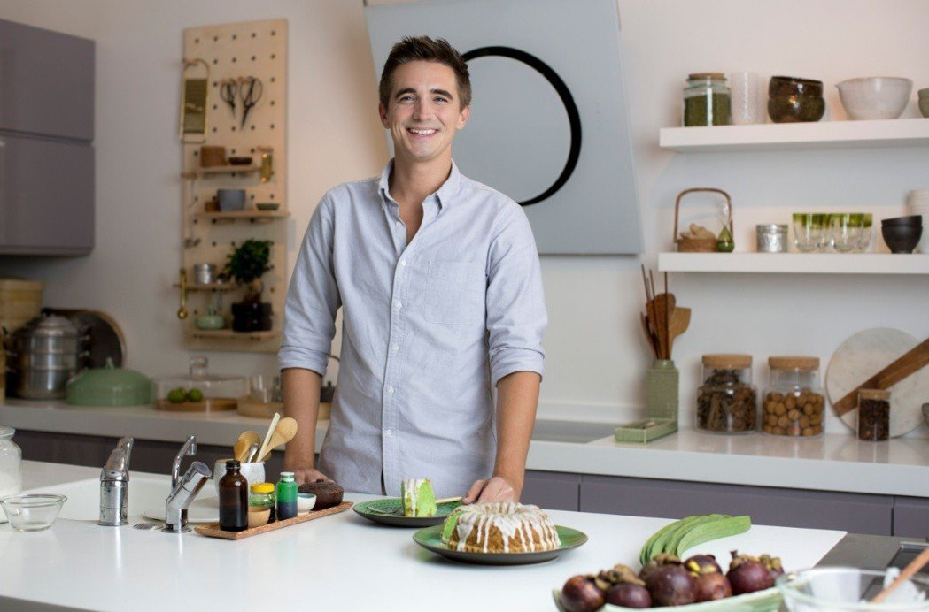 男孩團體成員出身的多諾,樂在從事美食相關事務。圖/BBC Lifestyle提供