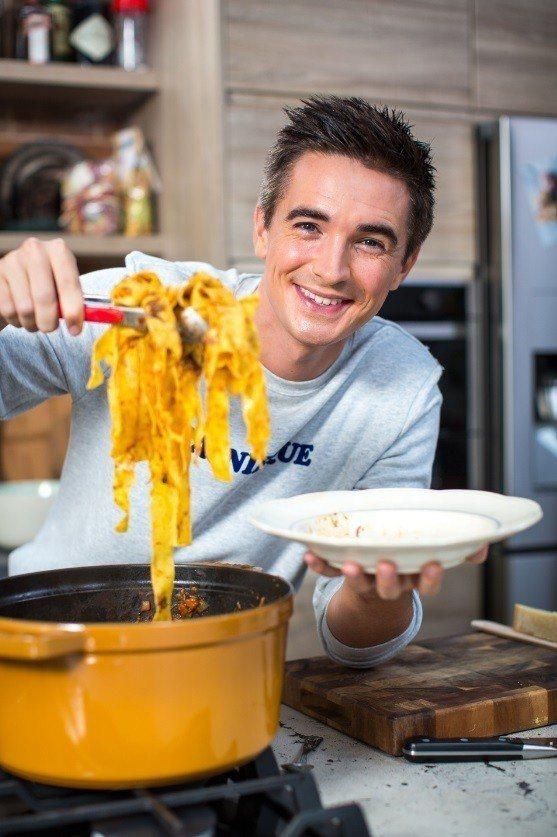 來自愛爾蘭的帥哥廚師多諾史克漢,在台灣也有忠實粉絲。圖/BBC Lifestyl...