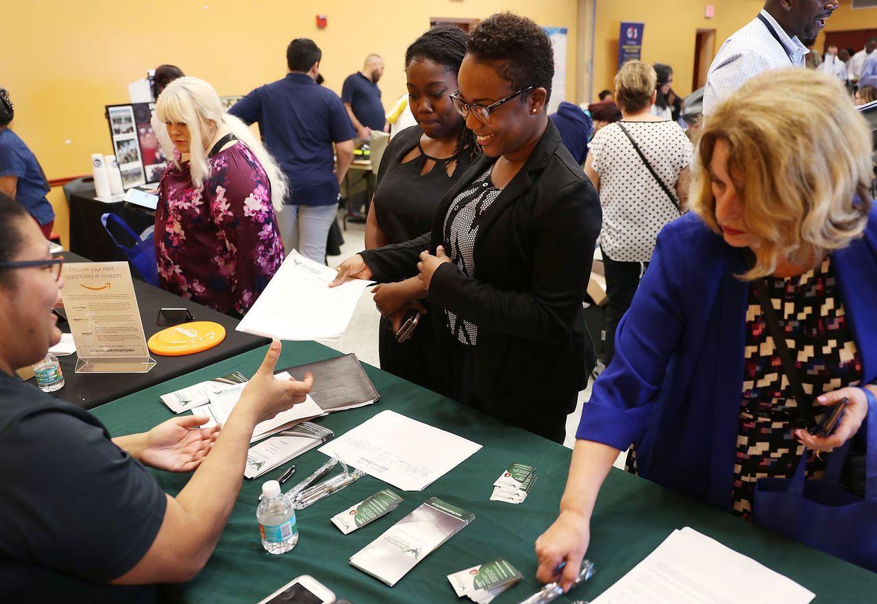 薪水提高、工時有彈性 25至54歲女性積極返職場 法新社