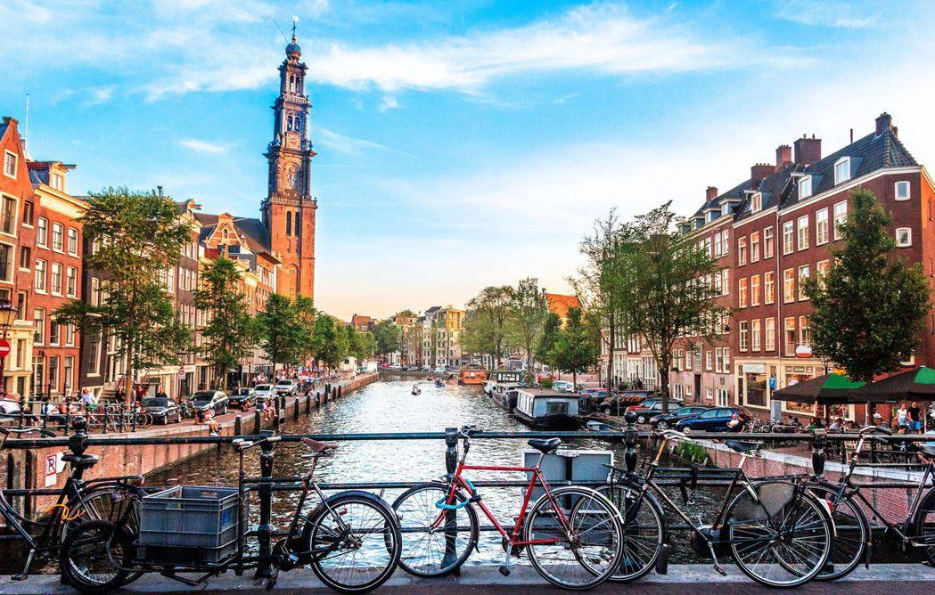 目前有許多歐洲國家的大城市,紛紛遞出燃油汽、機車禁行的政策。 摘自Cnet.co...