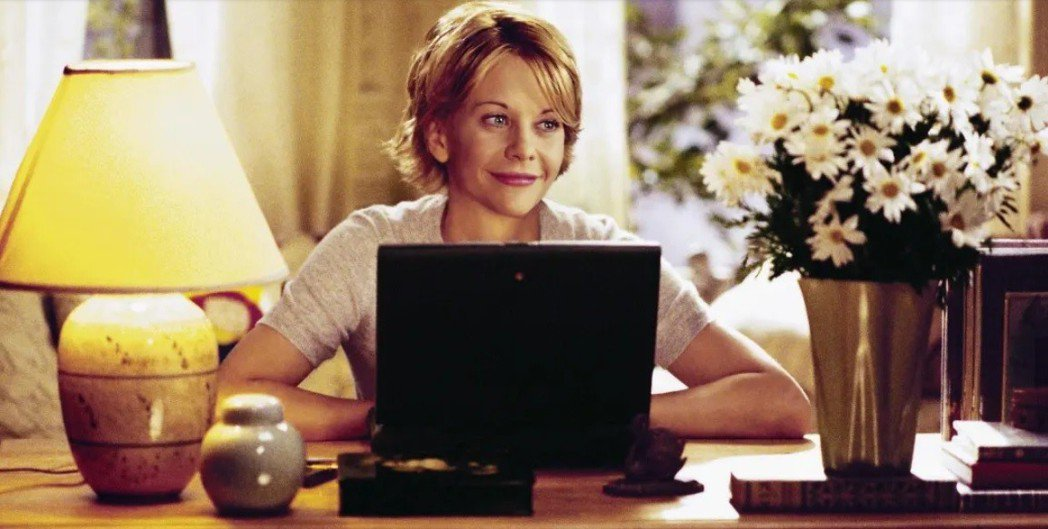 梅格萊恩在「電子情書」角色討喜,搶盡風頭。圖/摘自buzzfeednews