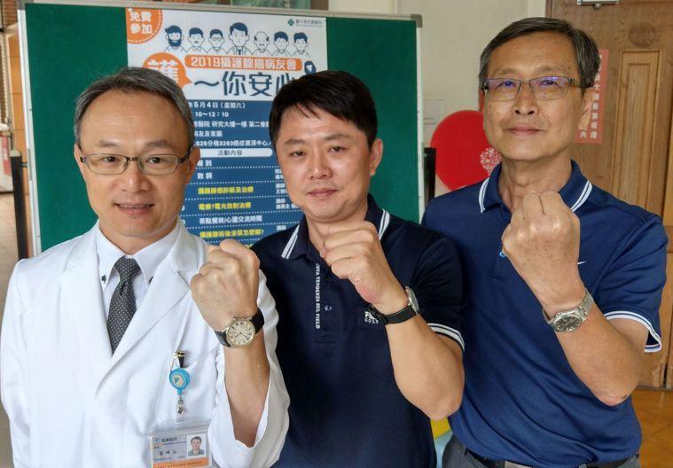 68歲劉姓土木技師(右)依醫學常規接受放療和荷爾蒙治療後,至今如常工作、登山和游...