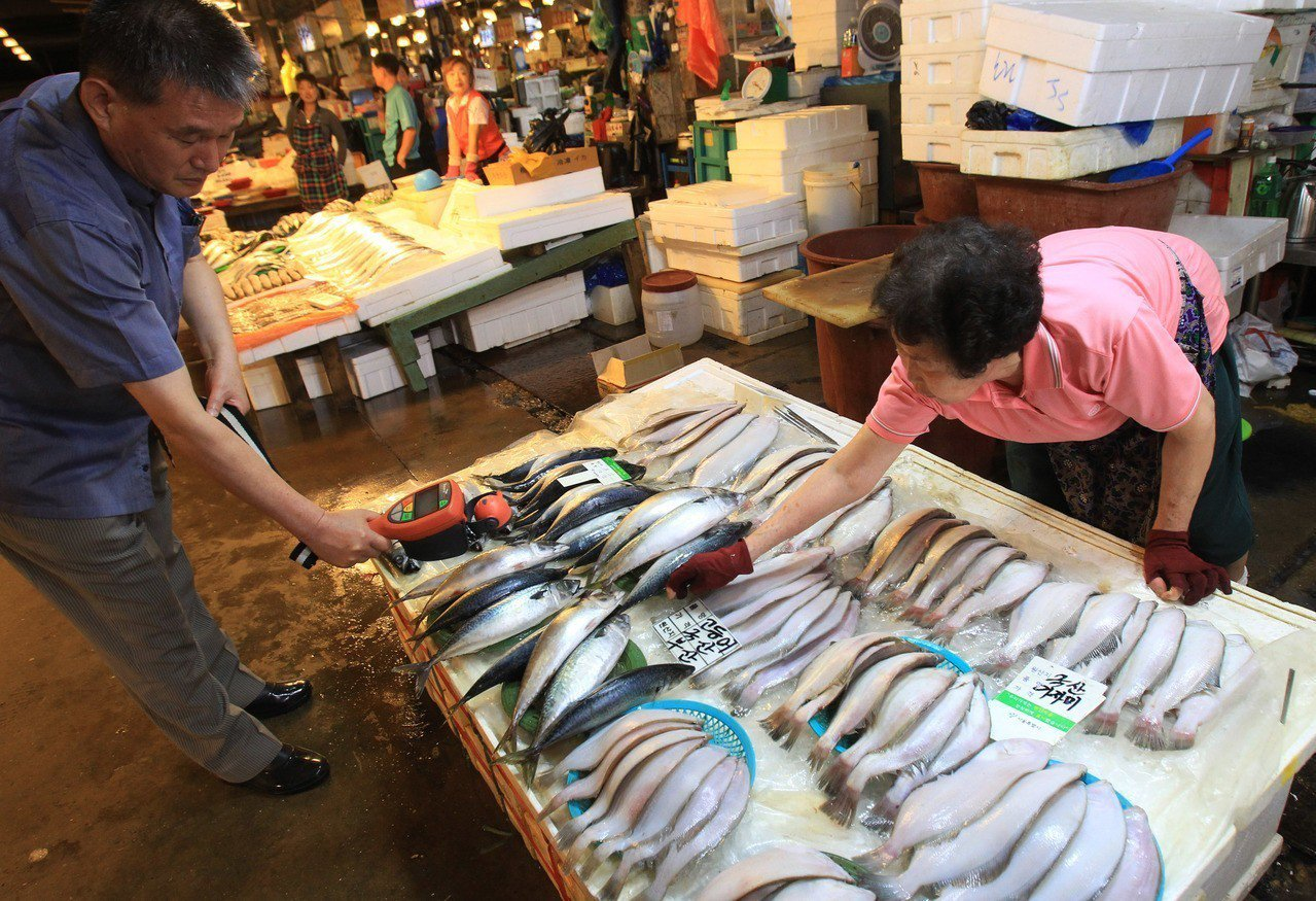 首爾的鷺梁津水産市場。美聯社
