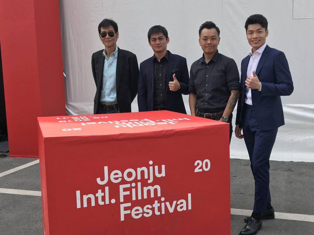 「蚵豐村」前進韓國全州影展首映。圖/日映影像國際發行