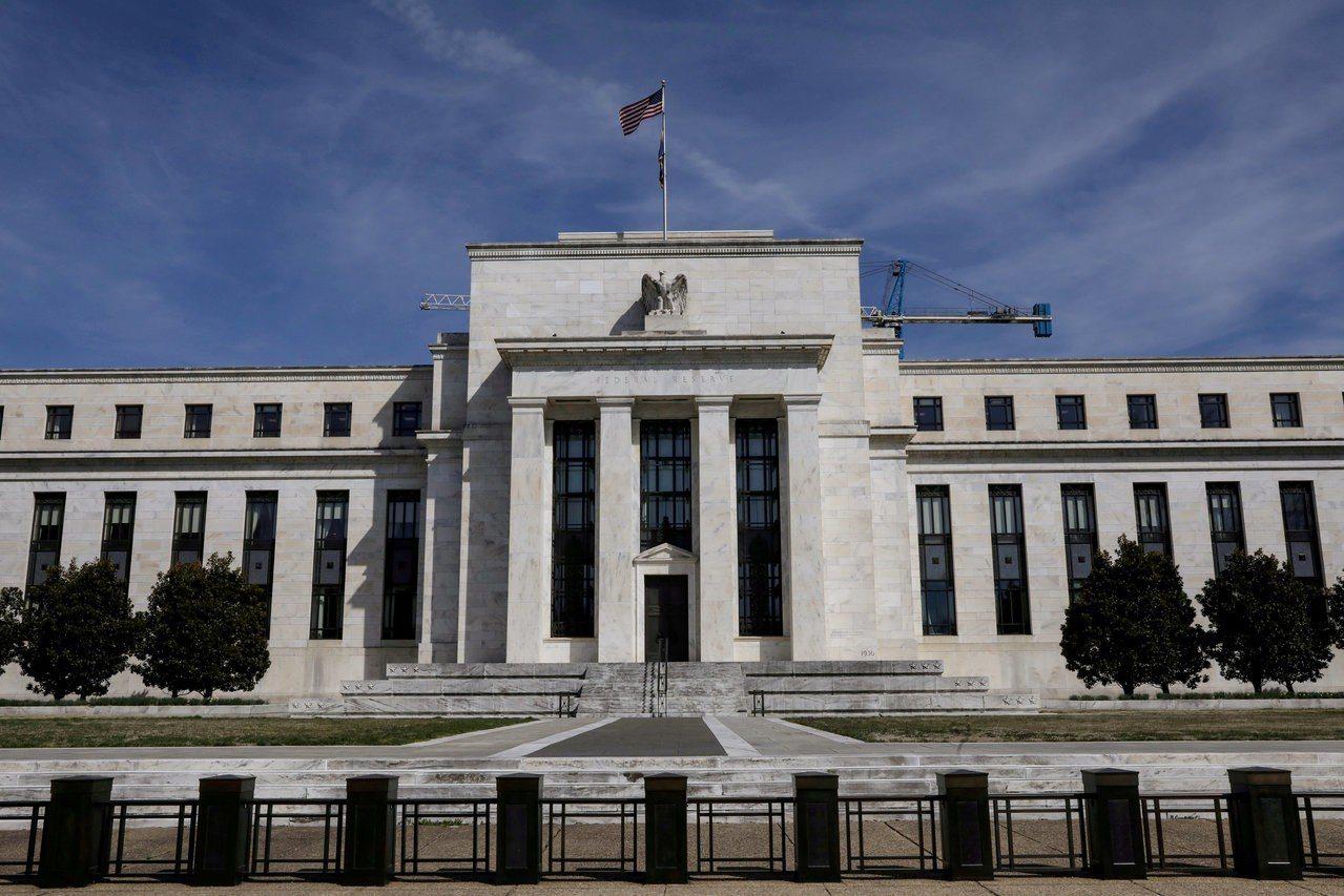 Fed上周決議基準利率按兵不動之後,幾位官員最新公開發言顯示Fed內部歧見加深。...