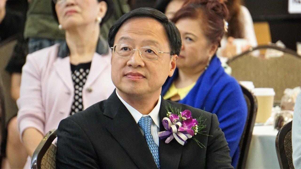 前行政院長江宜樺4日在洛杉磯針對五四運動100年發表演講,他認為民主是華人社會共...