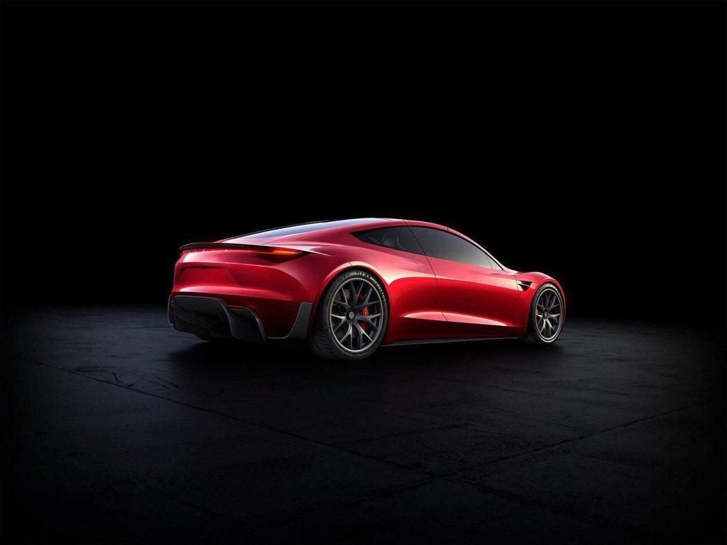 而第二代Roadster的性能已經達到了HyperCar等級。 摘自Tesla