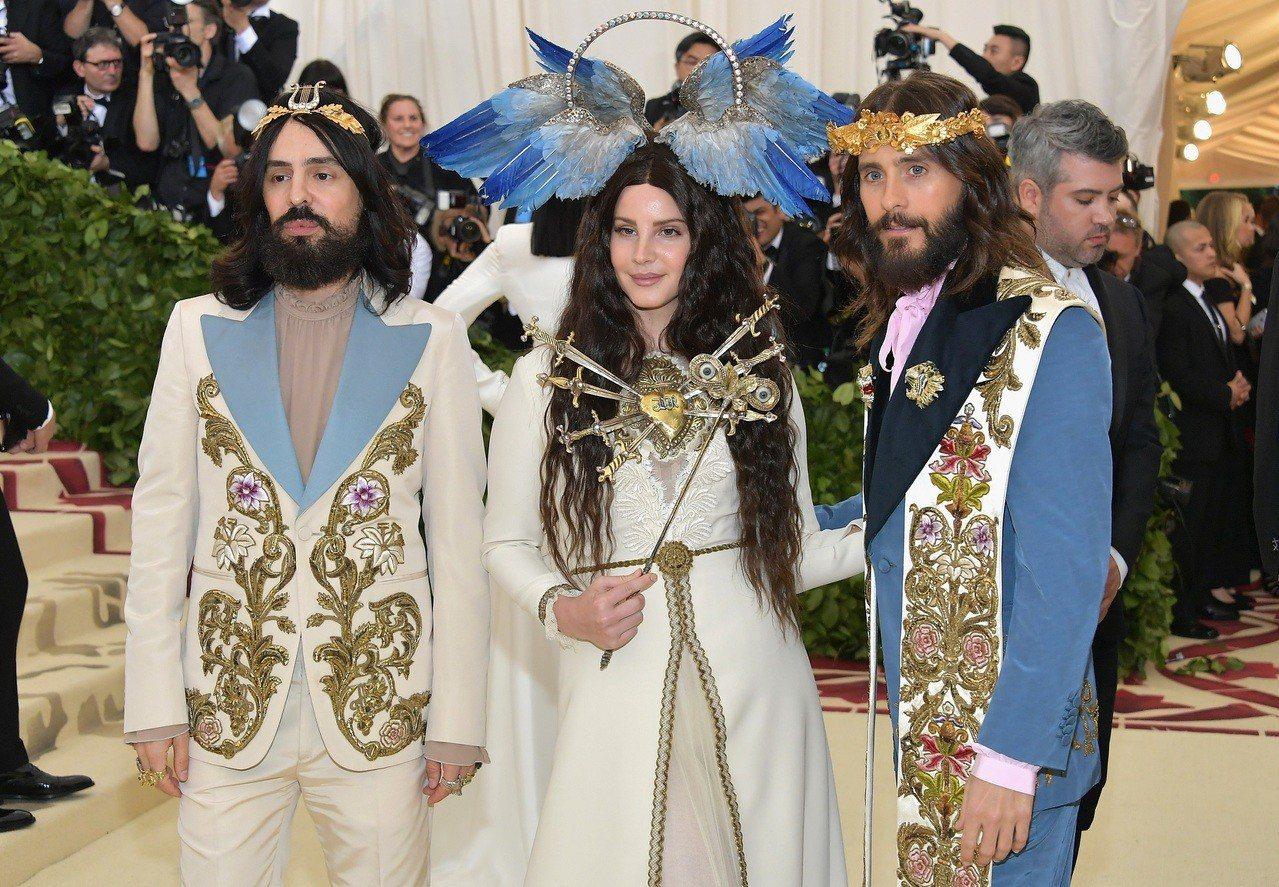 Gucci創意總監(左)Alessandro Michele是今年Met Gal...
