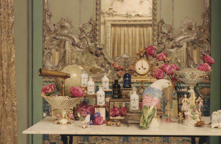 時尚品牌Gucci以「煉金師的奇幻花園」為靈感,推出全新的頂級香氛產品,包含7款...