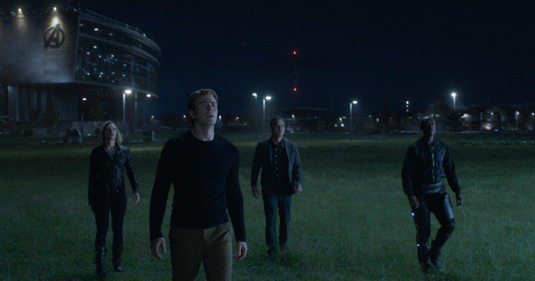 「復仇者聯盟:終局之戰」情節感人,已有不少影迷看過多次。圖/迪士尼提供
