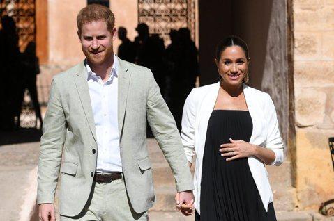 梅根馬克爾嫁給哈利王子之後,再度傳出負面新聞,外媒傳出她因為不滿菜餚上有蛋,因而責罵侍從,讓形象親民的女王伊莉莎白二世認為這樣很不洽當,還把她拉到一旁訓斥。根據「每日郵報」報導,王室作家尼科爾指出去...