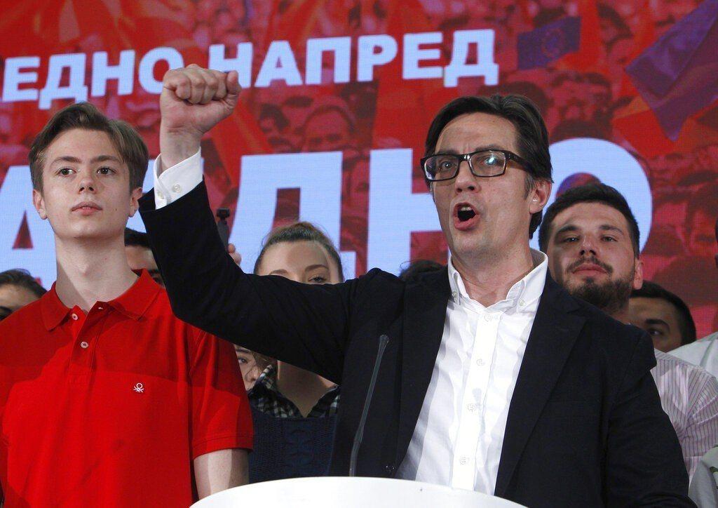 北馬其頓大選6日出爐,親西方的執政黨候選人潘達洛夫斯基宣布獲勝。外媒分析,這有助...