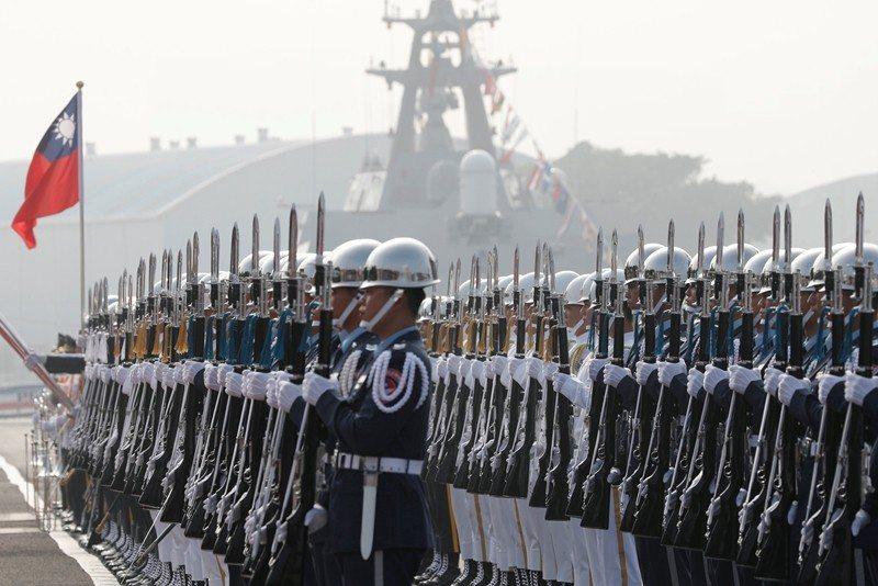 2018年11月,我國向美國採購的銘傳軍艦與逢甲軍艦,圖為左營軍港東碼頭舉行的成...
