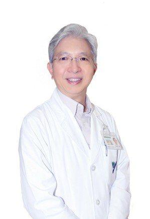 阮綜合醫院牙科部主任梁錦榮。 阮綜合醫院/提供。