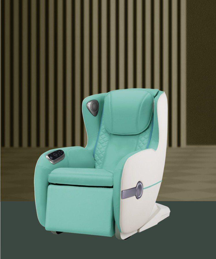 輝葉V Sofa按摩椅,建議售價49,800元,特價33,333元。圖/輝葉提供