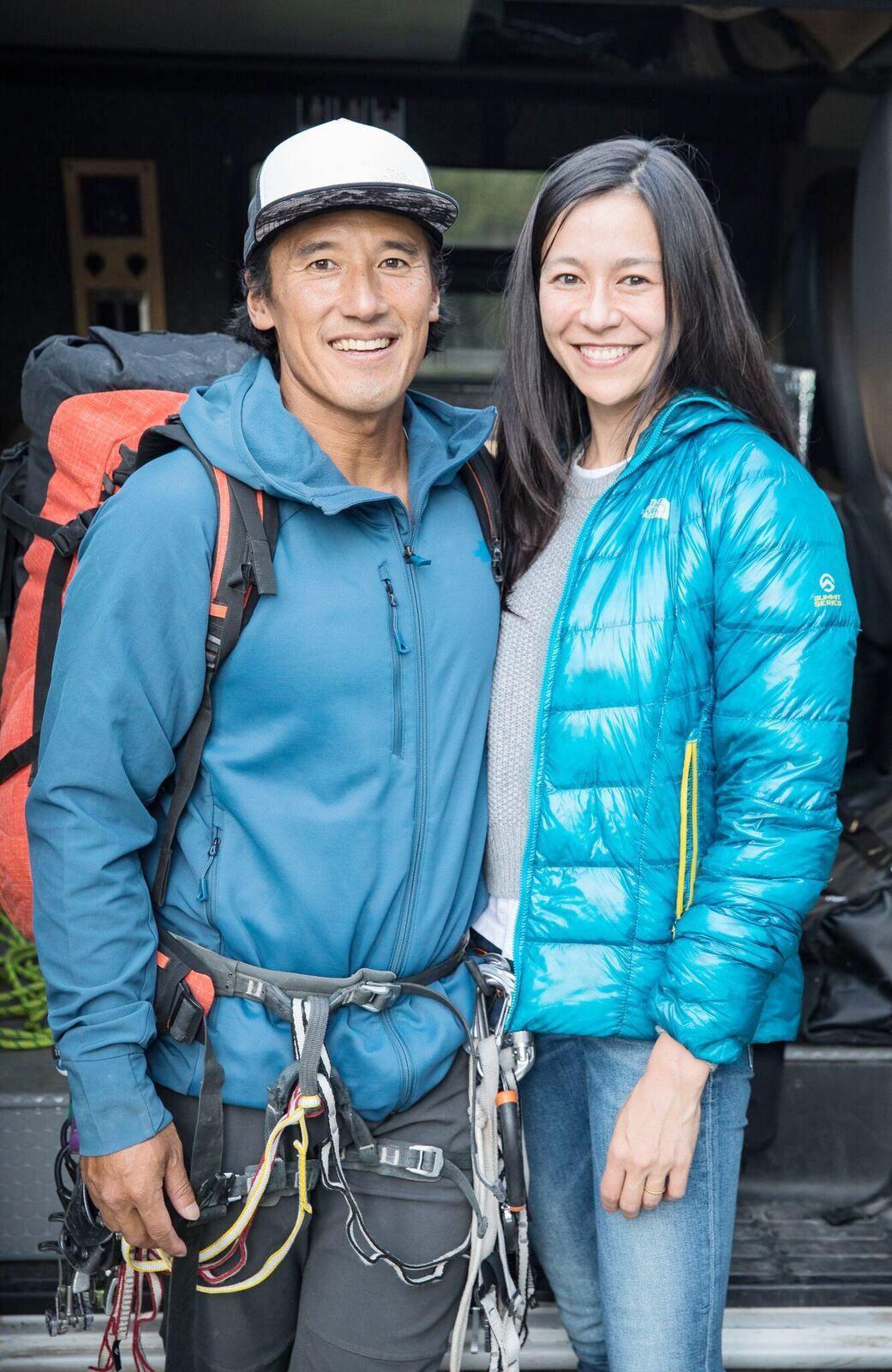 「赤手登峰」導演金國威與妻子瓦沙瑞莉。圖/海鵬提供