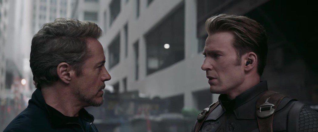 小勞勃道尼(左)與克里斯伊凡(右)在「復仇者聯盟:終局之戰」有許多對手戲,小勞勃