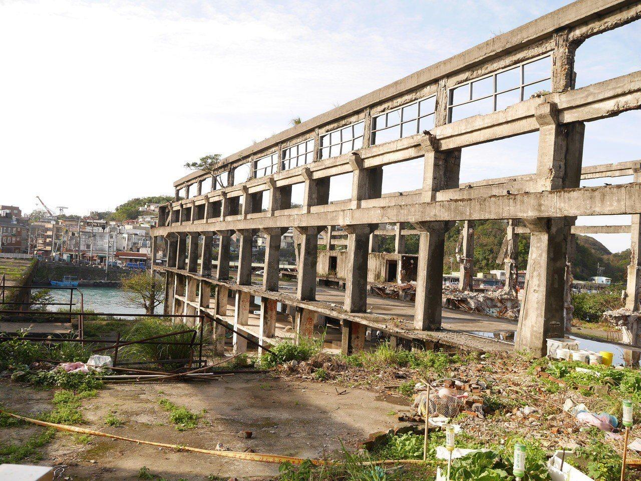 充滿廢墟美的阿根納造船廠遺構。記者吳淑君/攝影