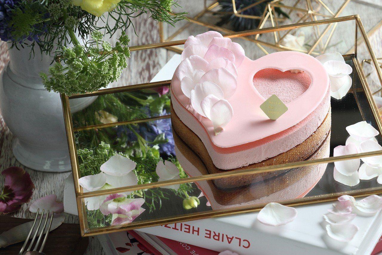「庭園玫瑰」售價980元。圖/珠寶盒法式點心坊提供