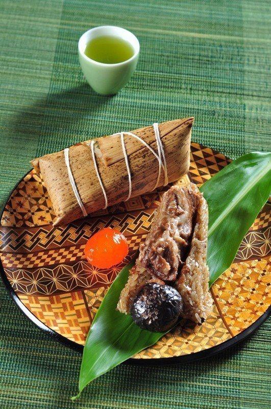 椒麻牛肉粽。 台北凱撒/提供