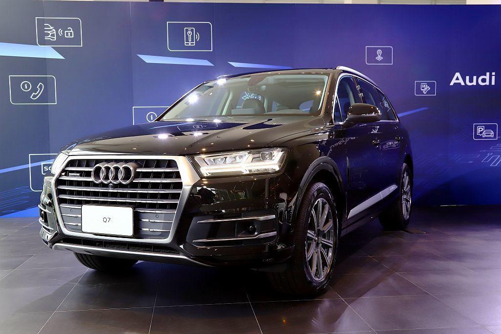 2019年式Audi Q7豪華旗艦休旅車,提供兩款45 TFSI quattro...
