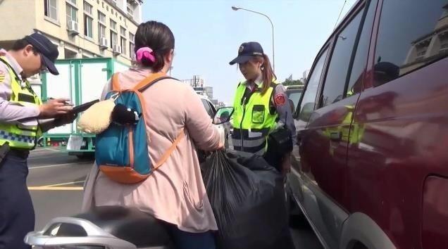 台南市警察局交通大隊統計,今年1至4月,台南市發生56件A1類死亡交通事故、共造...