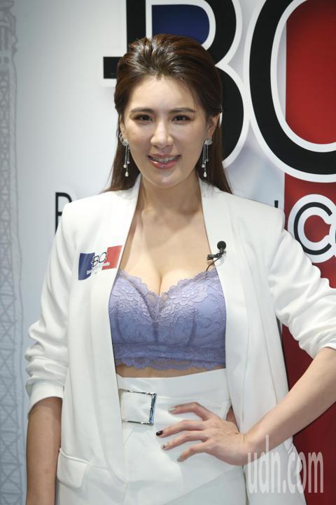 小禎首度代言內衣,分享半年內瘦了41公斤的心得,她表示想瘦身不要不吃東西,不要用極端的方式。