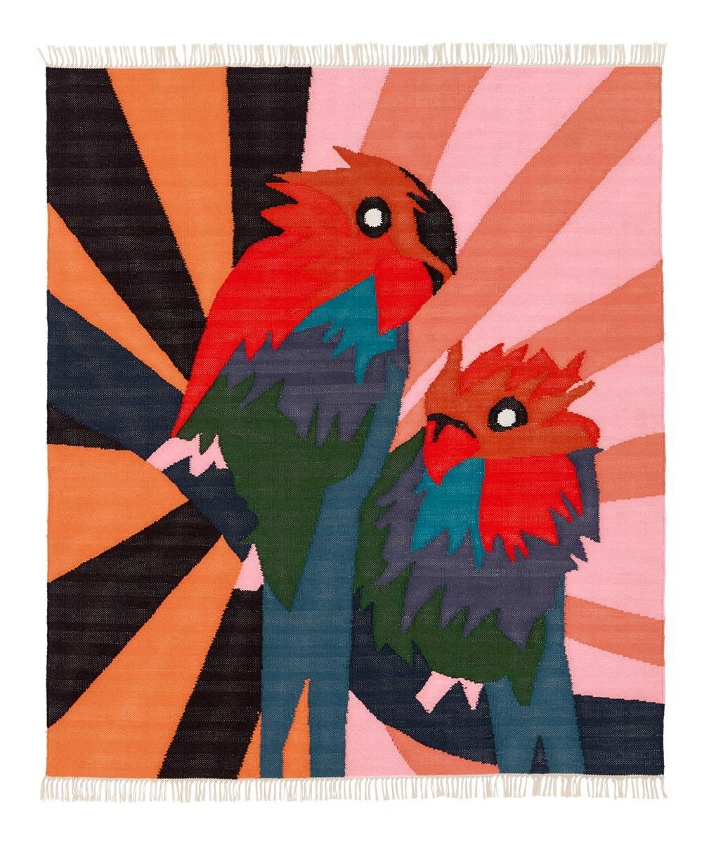 倫敦設計師Craig Green用巨大的色塊拼接成鸚鵡形狀,構成了他對於天堂的幻...