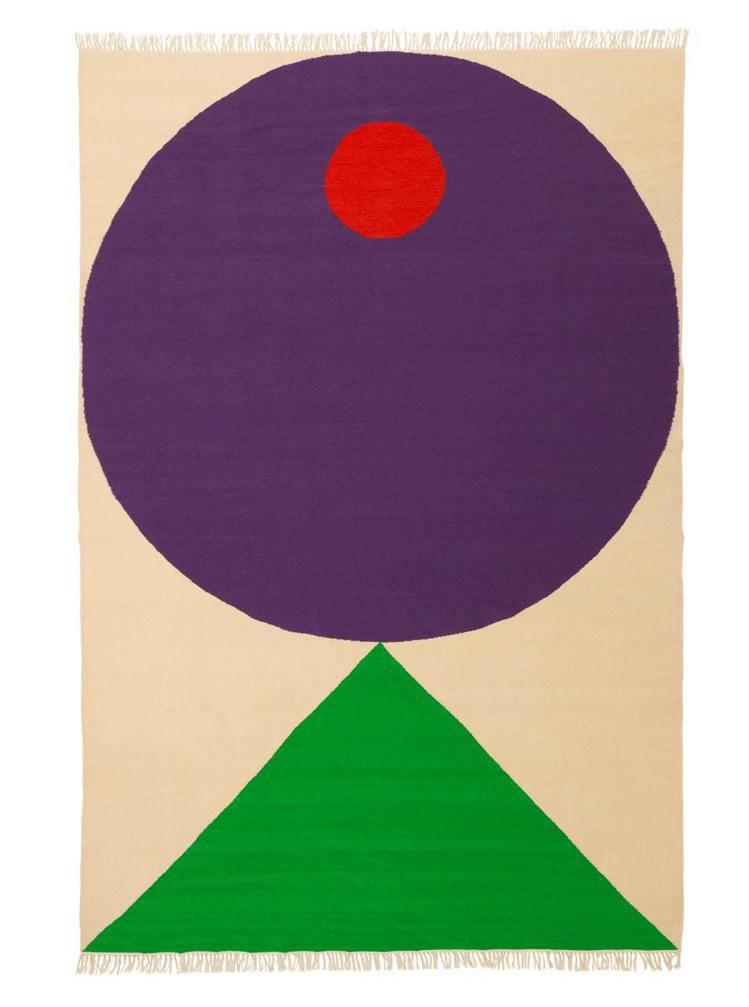 韓法藝術家Seulgi Lee透過地毯的線條色塊呈現「如魚得水之樂」,售價13,...