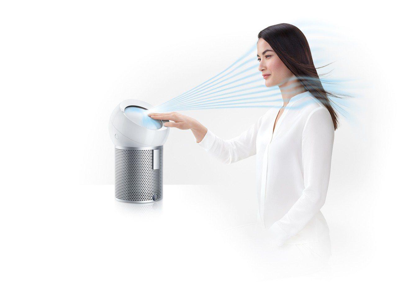 Dyson Pure Cool Me個人空氣清淨風扇具備全新的「核心氣流科技」,...