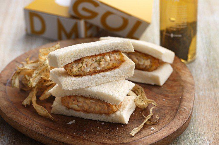 金葉名氣餅新推出雞肉名氣餅三明治,套餐價85元起。圖/金葉名氣餅提供
