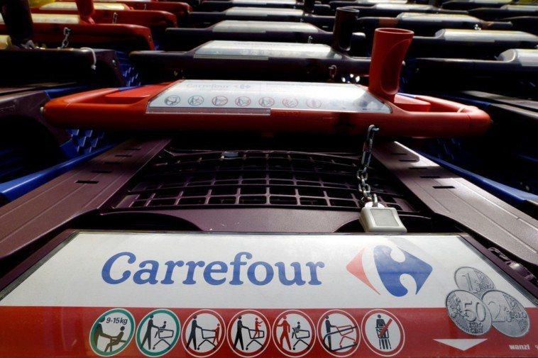 法國家樂福生產的「家福SAINT FELICIEN牛起司」疑遭大腸桿菌污染,食藥...